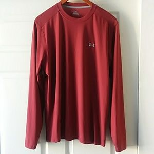 NWOT Under Armour long sleeve